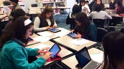 Estudiantes con Tablets